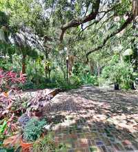 An HDR interactive panoramic image of Sunken Gardens in Saint Petersburg, Florida. The photographic images were shot with a Canon S95.